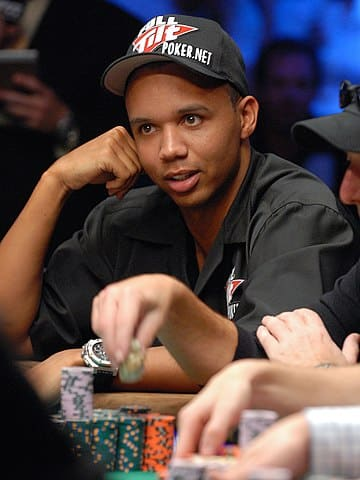 Informing who Phil Ivey is